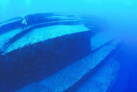 подводные пирамиды